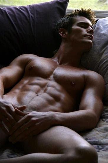 фото красивых голых мужчин смотреть онлайн